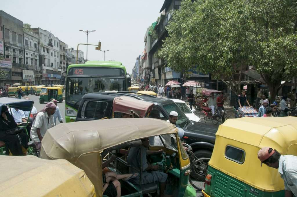 Massive traffic in Delhi, India by Ralph Velasco